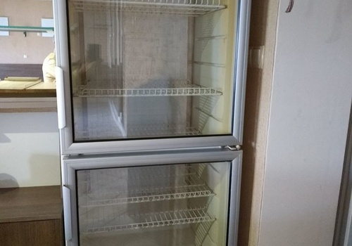 Продам холодильник-вітрину