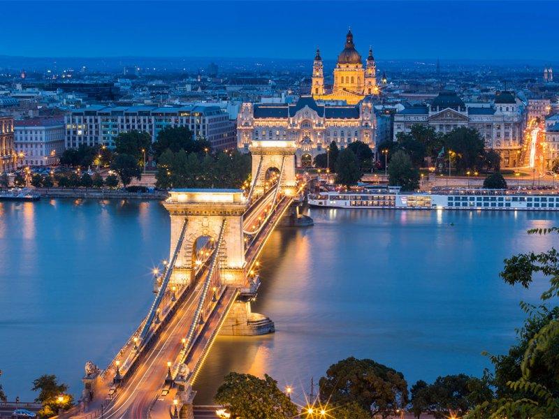 На вихідні в Будапешт