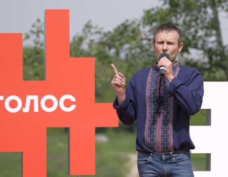 Дежавю: Вакарчук знову зрікається депутатського мандату